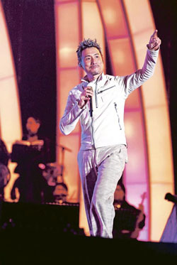 Jacky Cheung sings