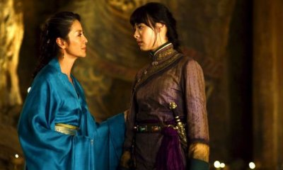 Michelle Yeoh and Isabella Leong in THE MUMMY: TOMB OF THE DRAGON EMPEROR
